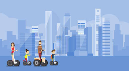 transportation: Famille Parents Deux enfants Electric Ride Scooter moderne Transport Big City Flat Vector Illustration
