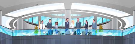 Modern Bureaubinnenland met Groep Bedrijfsmensen, Beroepszakenlieden en Onderneemsters de Horizontale Banner Vlakke Vectorillustratie van het Werkplaatsconcept