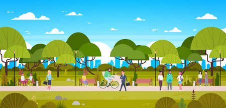 Ludzie w parku relaks w miejskiej przyrodzie na tle panoramę miasta spacery, jazda na rowerze i komunikowanie się płaski wektor ilustracja