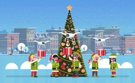 Elf holding gift box présent service de livraison de drones vacances de Noël nouvel an concept cityscape background télévision horizontale vector illustration
