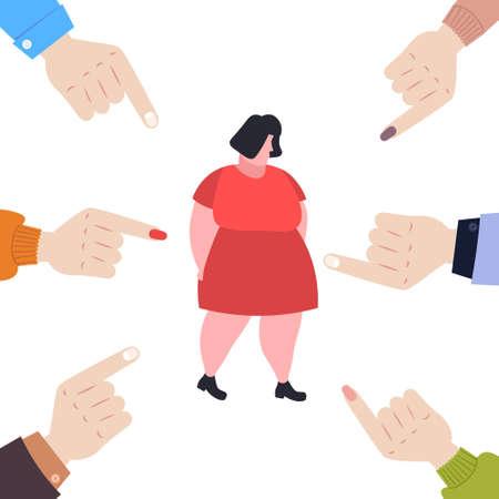 Depressive übergewichtige Frau wird gemobbt, umgeben von Fingern, die auf verärgerte fette weibliche Figur zeigen, die Opfer von Mobbing ist, die das öffentliche Missbilligungskonzept in voller Länge verspotten