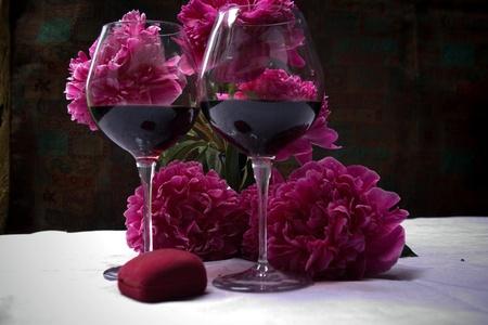 pfingstrosen: der Wein und Pfingstrosen
