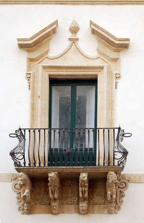 Style baroque balcon Banque d'images - 405425