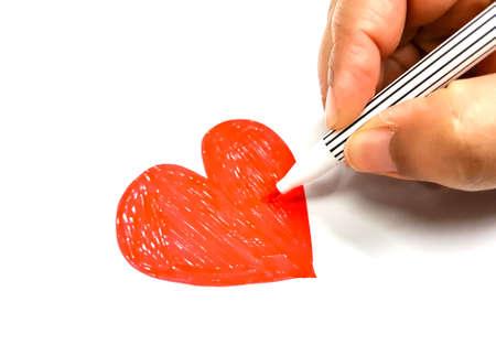 Cuore rosso sul concetto di carta di carta per il giorno di San Valentino