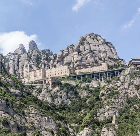 monasteri: Monastero di Montserrat, Spagna
