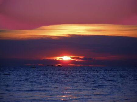 amat: Red sunset on the Wong Amat beach, Pattaya, Thailand