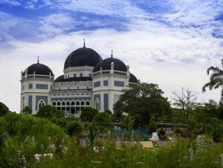 棉兰的伟大清真寺。北苏门答腊,印度尼西亚。