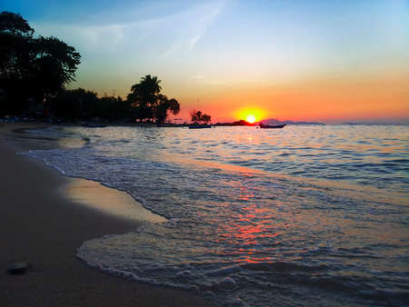 amat: Evening on Wong Amat Beach, North of Pattaya City, Thailand Stock Photo