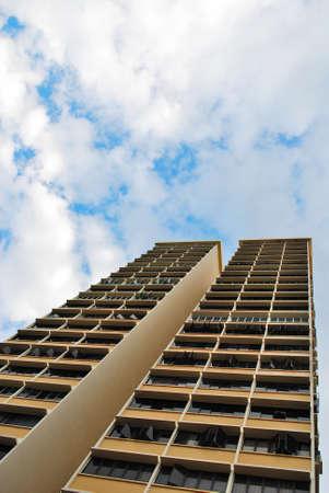 towering: La construcci�n de torres residenciales en el cielo