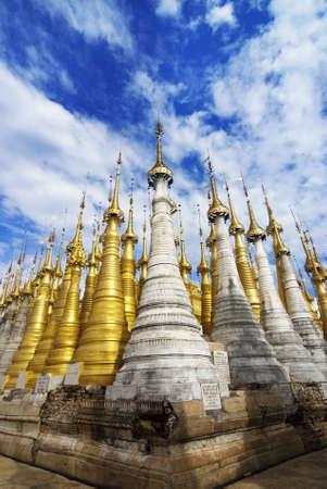 inle: Shwe Inn Tain Pagoda, Inle Lake, Myanmar