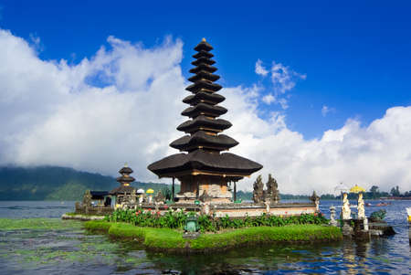 bratan: Pura Ulun Danu Bratan is a major water temple on Lake Bratan, Bali, Indonesia Stock Photo