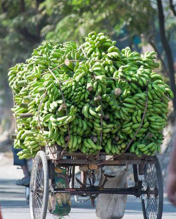rikscha: Transport of produce in Siliguri, India