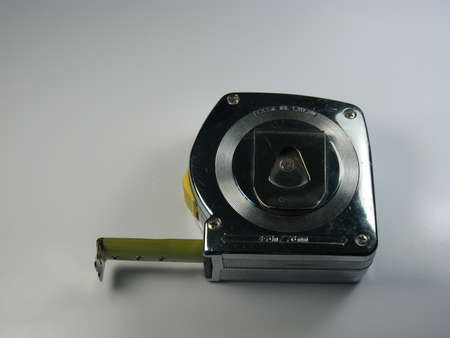 金属ケース付き建設テープ メジャーが 2 インチを拡張