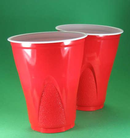 パーティー ピクニックおよび祭典使い捨て赤いプラスチック カップ