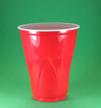 party picnic and celebration disposable red plastic cups Imagens