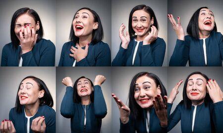 junge und amüsierte fröhliche Frau, die lacht und Spaß hat