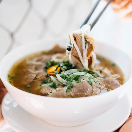 Vietnamese rundvlees pho