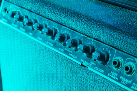 reverb: guitar amplifier