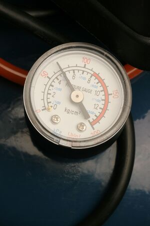 gage: close-up of pressure gage