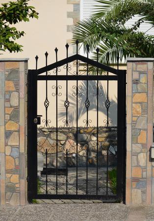 modern metal gate for the private house Zdjęcie Seryjne
