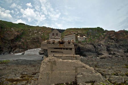 lifeboat station: Old Lifeboat Station at Polpeor, The Lizard, Cornwall