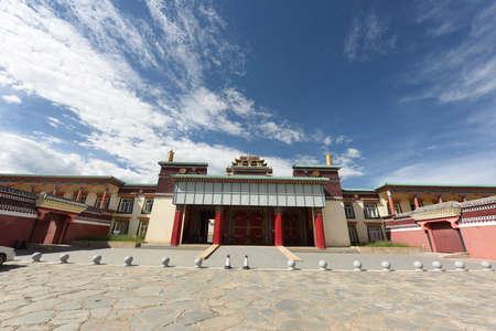 Bramy wspaniałych tybetańskich świątyń buddyjskich Zdjęcie Seryjne