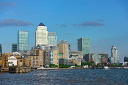 Canary Wharf, the other financial business district, Isle of Dogs, London, England, UK, Europe, catching the late afternoon sun