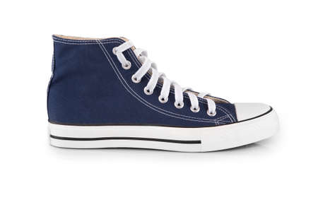 chaussure: Baskets bleu isol� avec ombre sur fond blanc