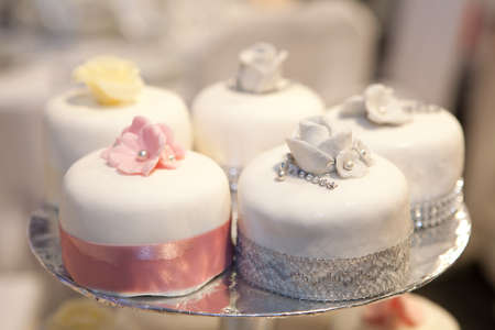 silver wedding anniversary: Wedding cakes  shallow  dof