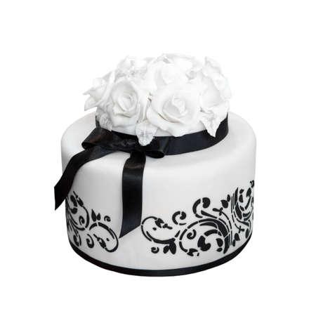 Elegante schwarze und weiße Hochzeitstorte, isoliert auf weiß Standard-Bild - 16246469