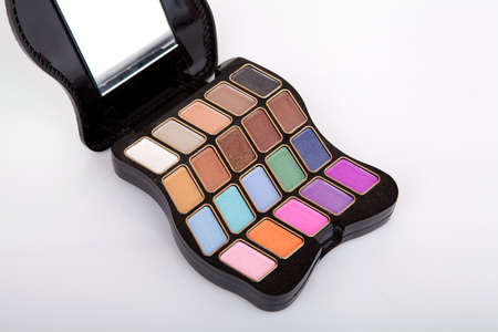 eye shade: Colorful eyeshadow palette on gray background