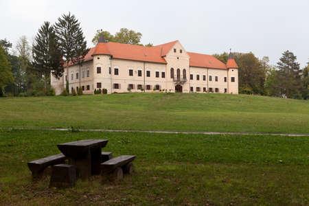 housing lot: Luznica castle in Zapresic, Croatia
