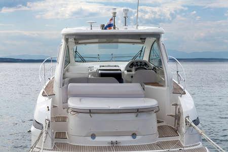 Powerboat intérieur Banque d'images - 44289045