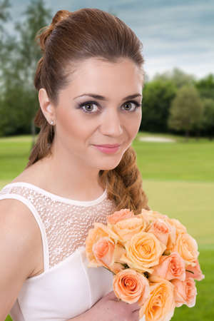 bride dress: Beautiful bride with roses