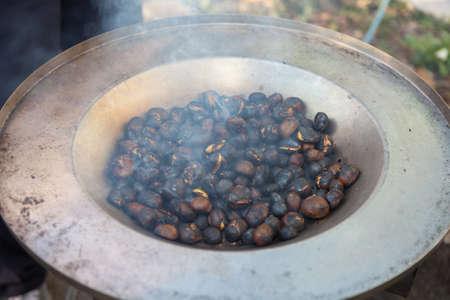 roasting: Roasting chestnuts