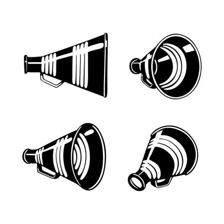 Vintage megaphone hand drawing. Retro megaphone realistic illustrations set. Sketch drawing loudspeakers vector symbols. Part of set. Ilustração