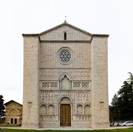 oratory: El Oratorio de San Bernardino se encuentra en Perugia, Piazza San Francesco, al lado de la Bas�lica de San Francisco Foto de archivo