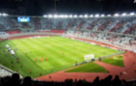 Vista astratta dello stadio di calcio sfocato
