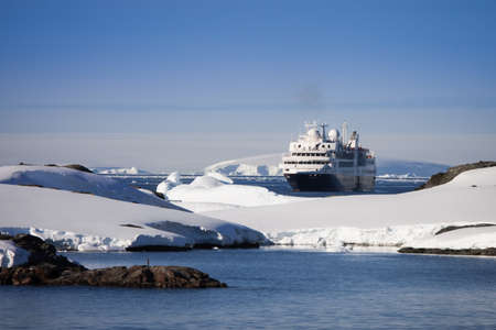 Big cruise ship in Antarctic waters Stock Photo - 7942226