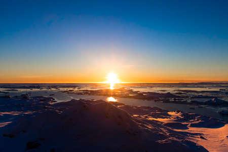 drifting ice: Summer  sunset in Antarctica.  Beautiful winter background. Stock Photo