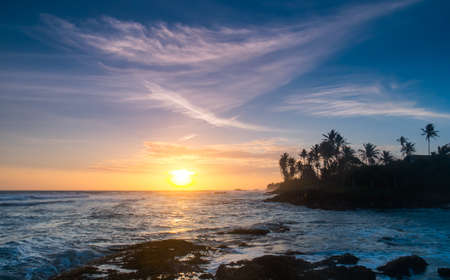 tangalla: Ocean sunset. Blue sky and clouds. Beauty natural  Stock Photo