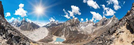 ri: Beautiful view from Gokyo Ri, Everest region, Nepal Stock Photo