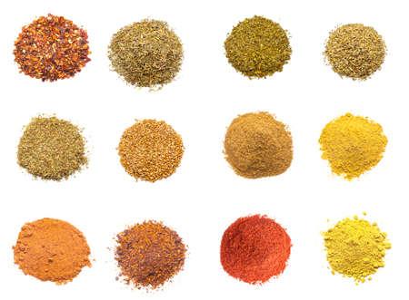 ESPECIAS: Especias coloridas colecci�n de variedades aisladas sobre fondo blanco