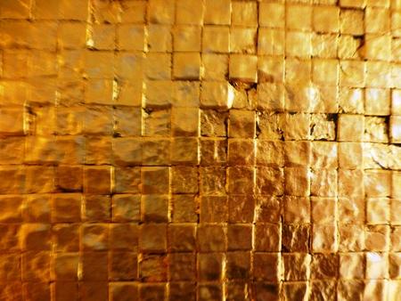 Goldenen Wand Standard-Bild - 62588560
