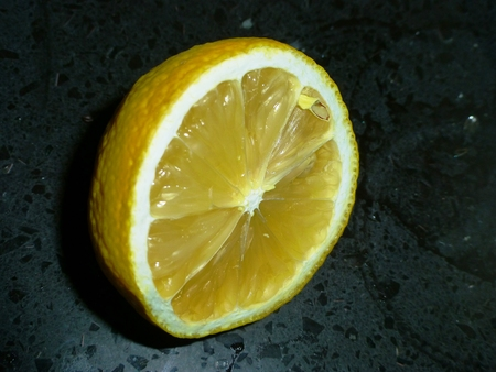Zitrone Standard-Bild - 63040441