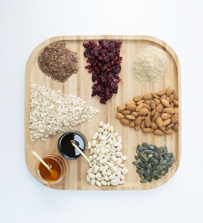 semillas de girasol: almendras, arándanos, semillas kaju, de girasol, de albaricoque, de linaza,