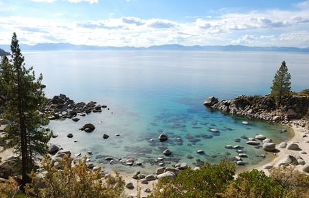 tahoe: Crystal Clear Water Bay on Lake Tahoe with Sunny Skies