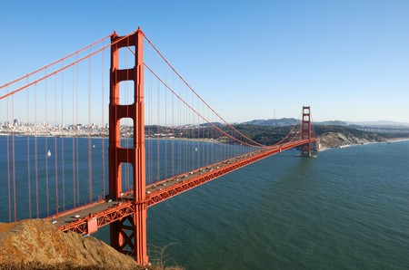 golden: Golden Gate Bridge in San Francisco on a sunny afternoon