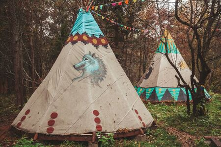 Northern Cherokee indian tee pee triangular house Banque d'images - 129014812