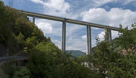exceptionally: Exceptionally high motorway bridge, Italy